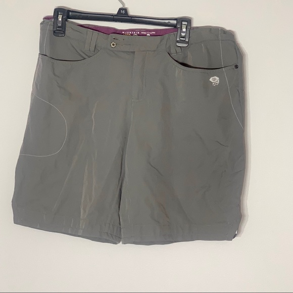 Mountain Hardwear Pants - Mountain Hardwear Bermuda Grey Shorts 12